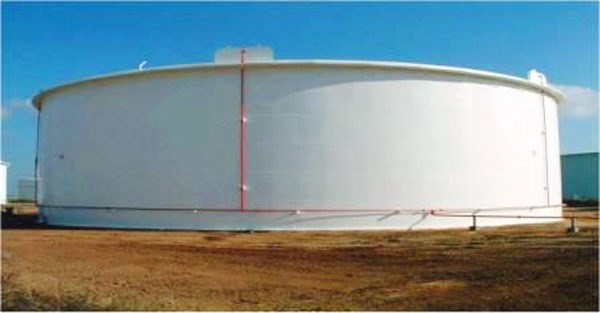 Large Gasoline Storage Tanks With Internal Floating Roof