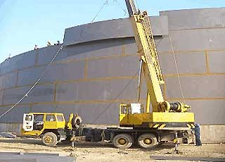 tank wall of storage tank with traditional method