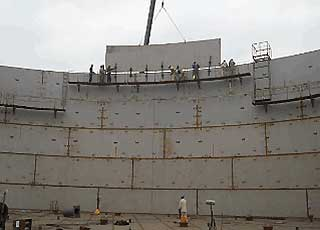 wall plate construction for storage with traditional method